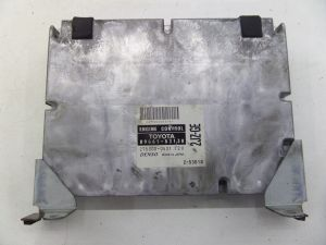 Lexus IS300 2JZ-GE Engine Computer ECU DME 00-05 OEM 89661-53130