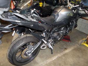 14-17 Yamaha FZ09 Engine Motor Only 3K MT-09 O6M N075E-001332