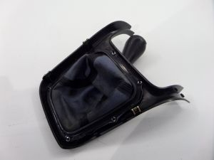 Subaru Legacy GT JDM RHD Shift Knob & Boot Black BH B4 00-04 OEM