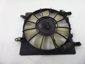 Acura RSX Radiator Condenser mounted Cooling Fan DC5 02-06 OEM