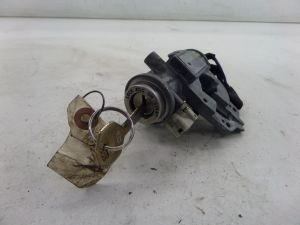 Mitsubishi Delica L300 Key Ignition Switch Cylinder 86-94 OEM